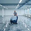 Strojní čištění podlahových ploch